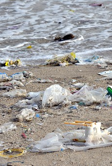 Study: Nearly 10,000 metric tons of plastic flow into Great Lakes each year