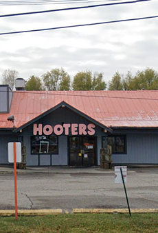 The Roseville Hooters was starting to look a bit worn down.