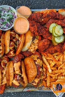 Dave's Hot Chicken announces grand opening for Dearborn location