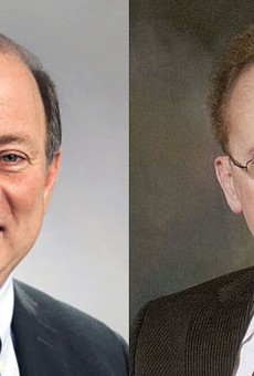 Detroit Mayor Mike Duggan, left, and Warren Mayor Jim Fouts.