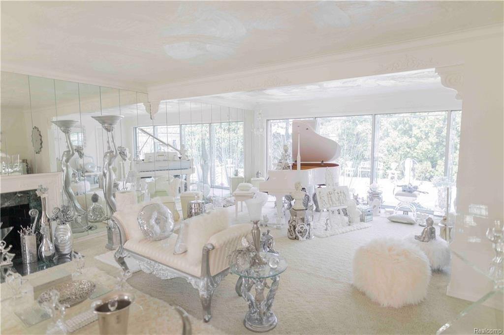 detroit s lion gate estate is for sale and oh boy is it insane