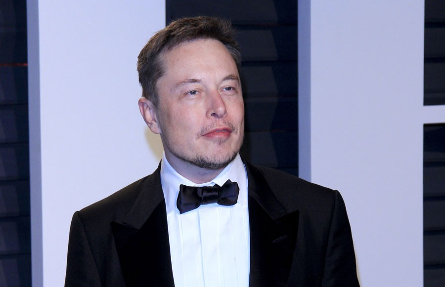 Elon Musk announces Flint STEM school, invites students to tour SpaceX and Tesla factories