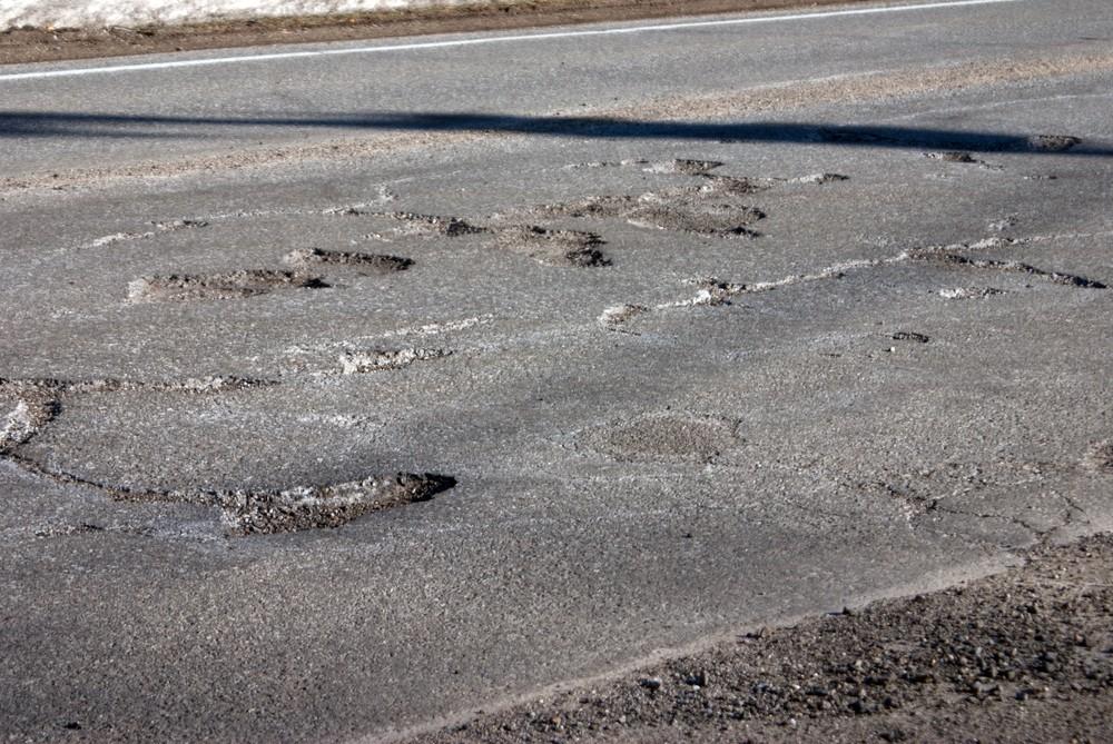Whitmer breaks pledge to 'fix the damn roads' under new budget
