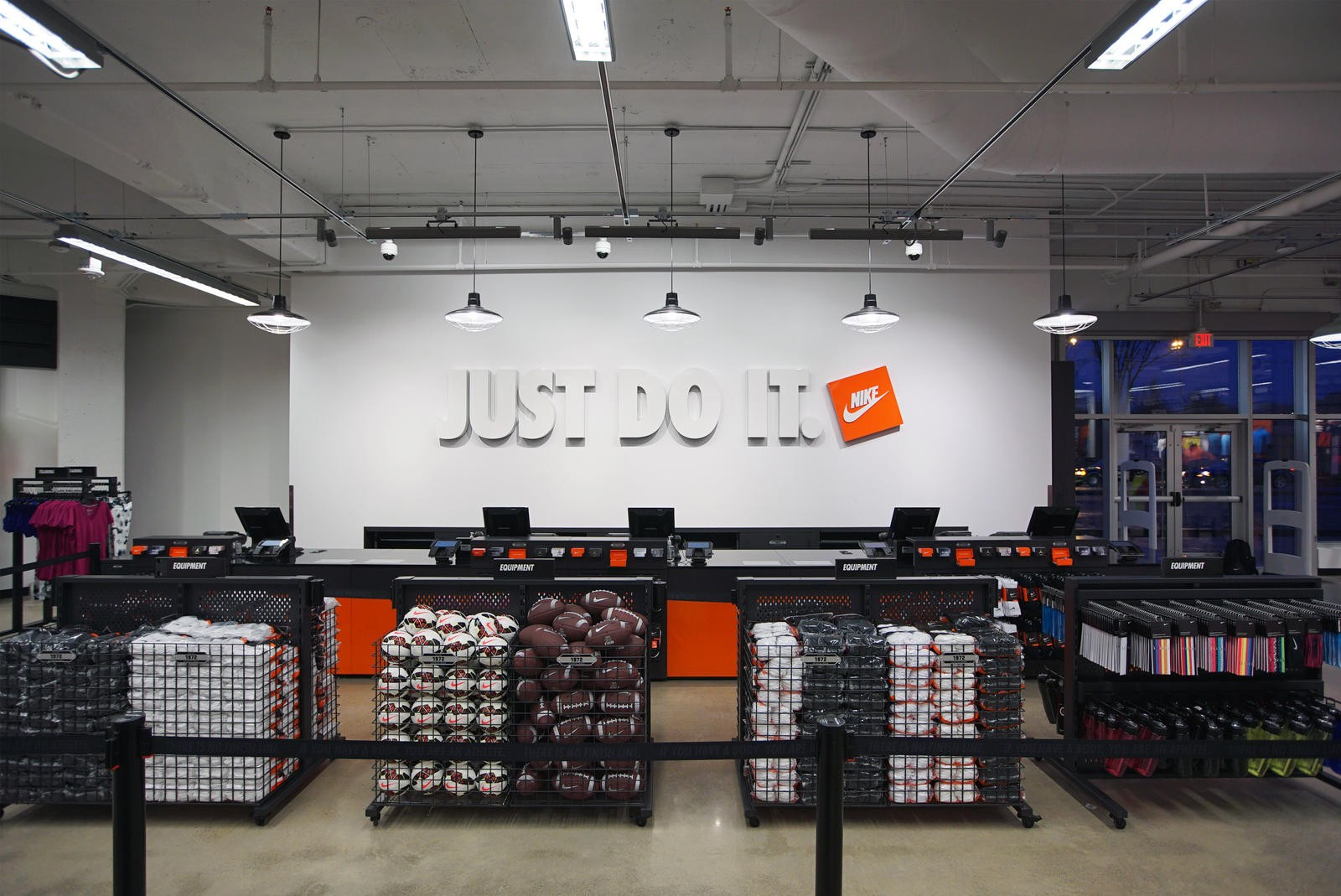 chaussures de sport 84ab4 97db0 Believe. Then see it.' Detroit Nike 'community store ...