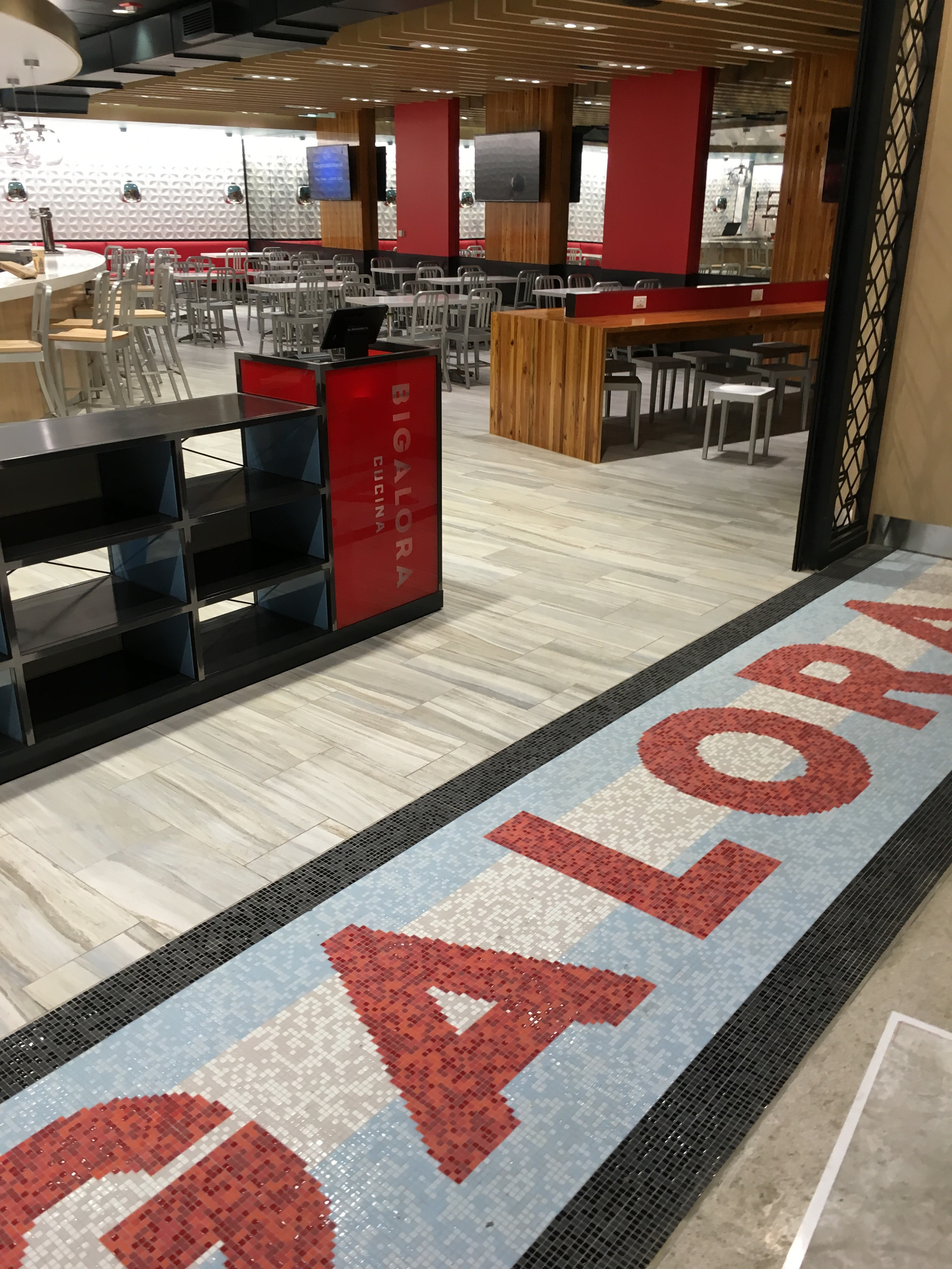 foodie travel advisory bigalora helping in dtw dining expansion click to enlarge the entrance of the newest bigalora outlet in mc ra terminal dec 11 courtesy