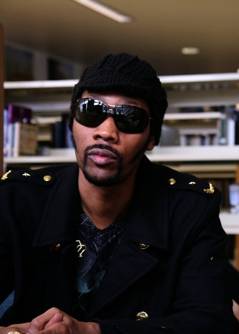 RZA at the Hip Hop Chess Federation Tournament at the O'Connel High School in San Francisco, 2009. Photo by Irina Slutsky