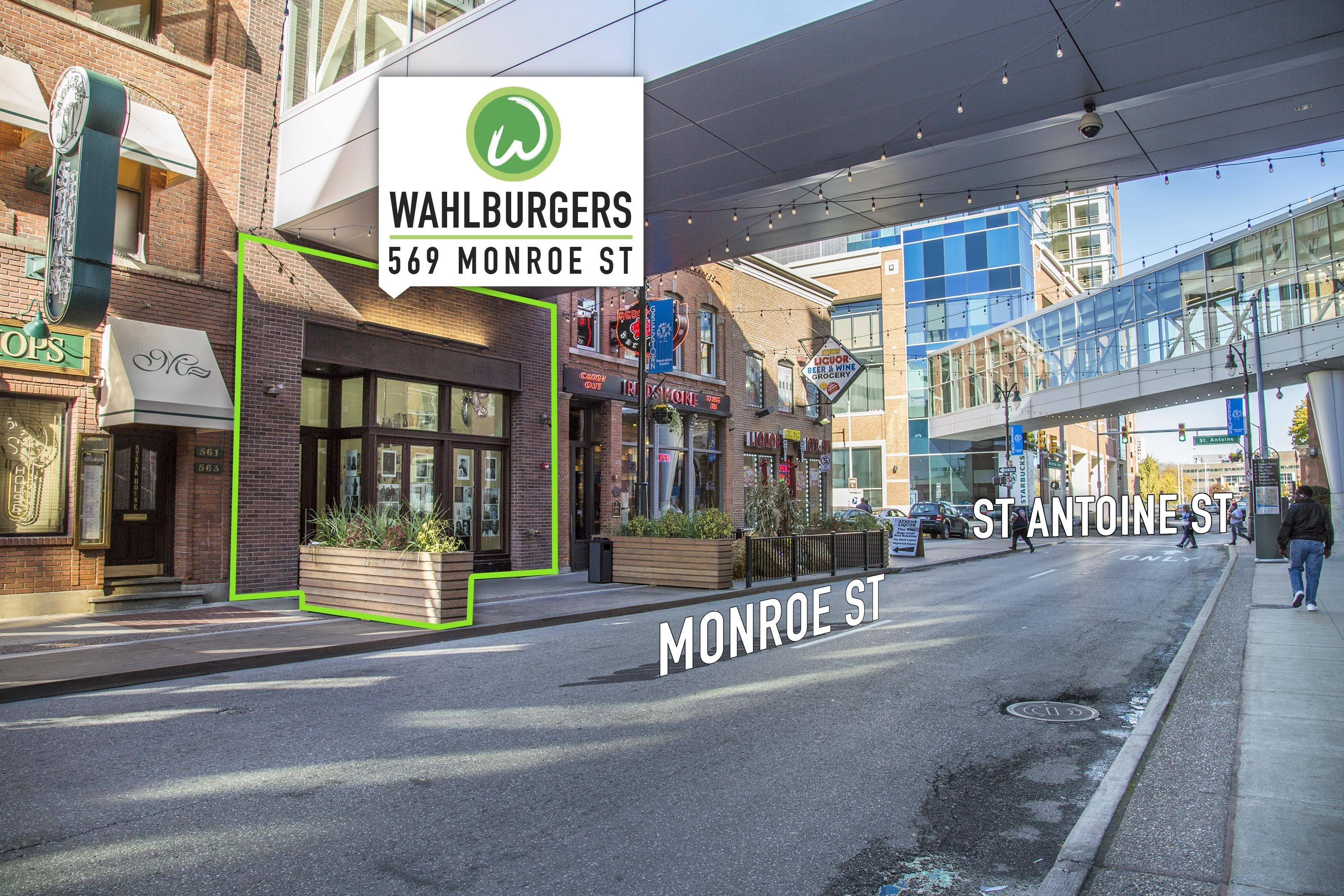 Mark Wahlberg visits Detroit, announces opening date for Wahlburgers