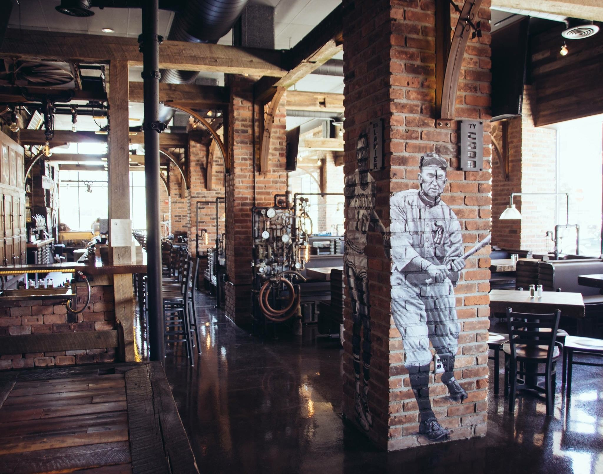 New Rusted Crow Location Shines In Downtown Detroit Food Drink