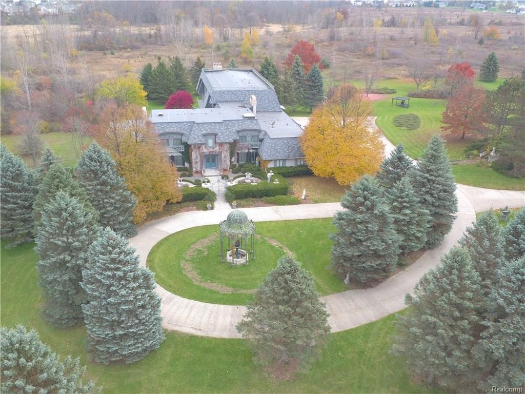 This bizarre Genesee County mansion is for sale and we can't