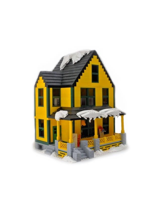 Lego enthusiast and his daughter built a replica of a for Lego house original
