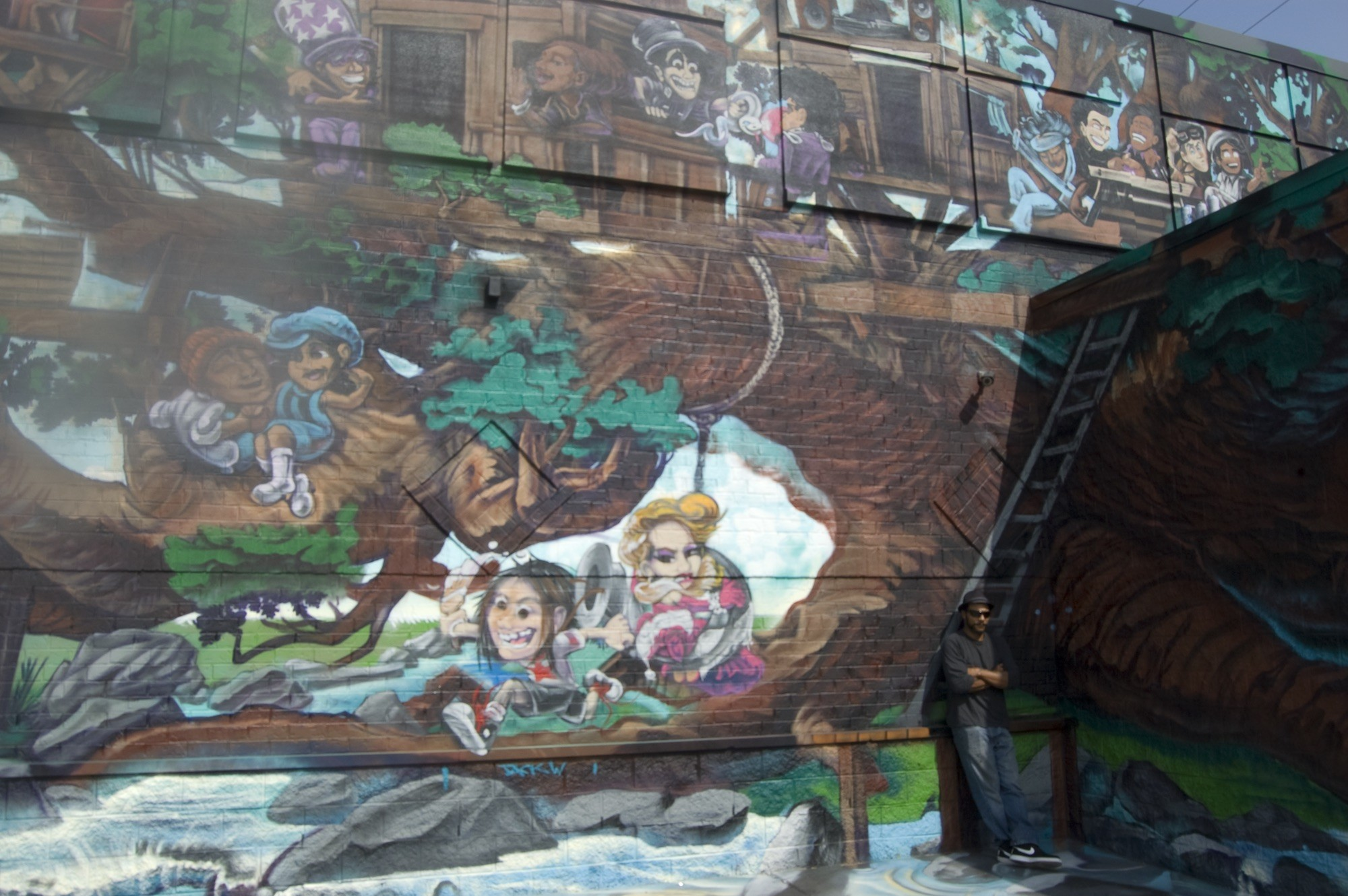 Kobie Solomon Finished His Most Ambitious Mural Yet Visual Art