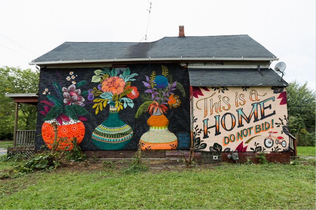 click to enlarge a message painted on a foreclosed detroit home aims to make it easier for the family