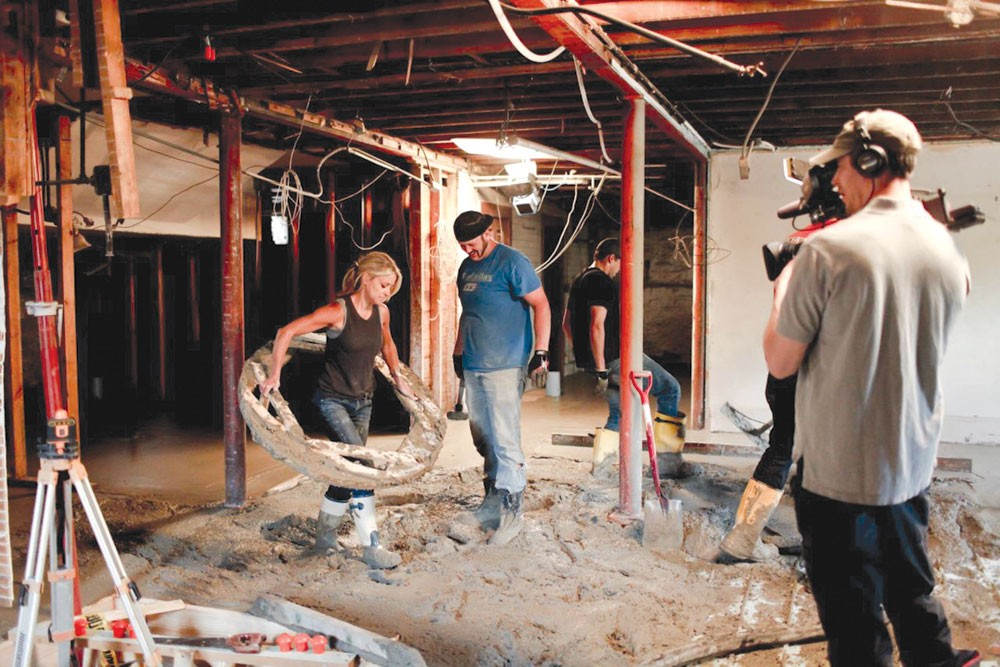 Why Nicole Curtis Rehab Addict Is The Anti Hgtv Show Television Detroit Detroit Metro Times