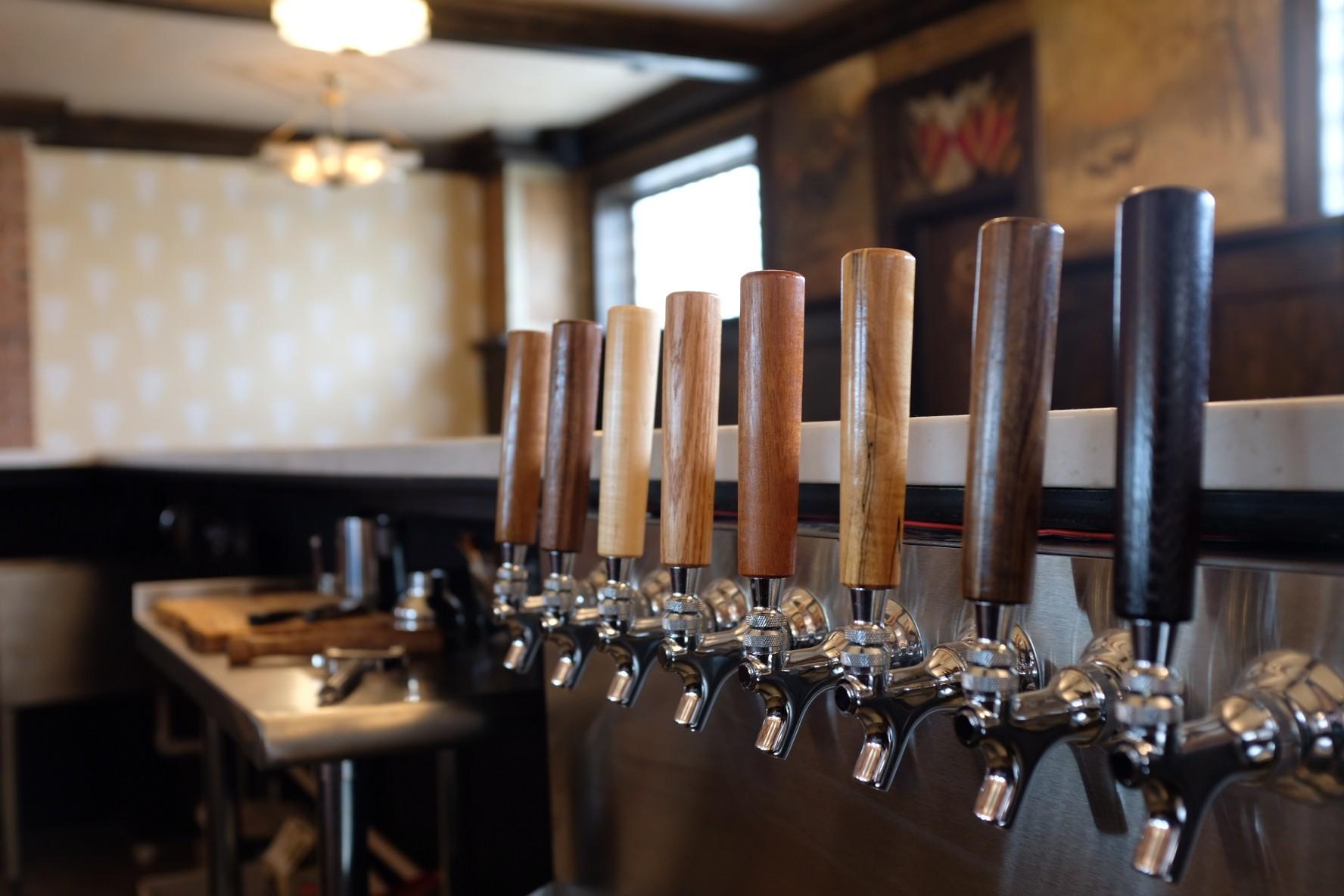 Detroit hook up bars