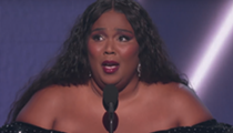 Yaaas, queen Lizzo takes home 3 Grammy Awards and pays tribute to Kobe Bryant