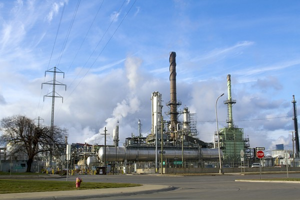 Tlaib urges EPA to investigate chemical leaks at Marathon Oil in southwest Detroit