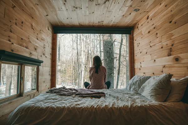 We want to get murdered in these cute WiFi-less cabins with phone lock boxes in western Michigan
