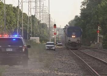 Man killed by Chicago-bound Amtrak in Royal Oak