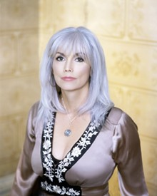 full_emmylou_harris_artist_photo1.jpg