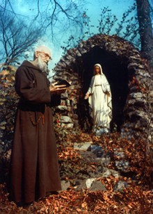 5d493937_solanus_with_mary_online.jpg