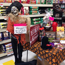 ecccc51e_2015_pet_supplies_plus_scary_tails_trick-or-treat.png