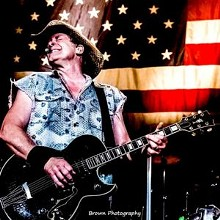 00dfadca_ted-nugent-2017-photo-300x300.jpg