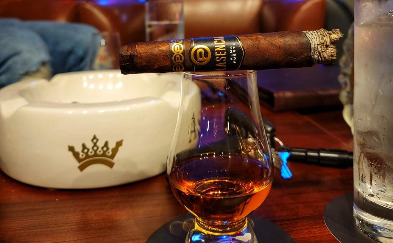 empire_cigar_lounge_best_cigar_shop_photo_courtesy_of_steve_carl.jpg
