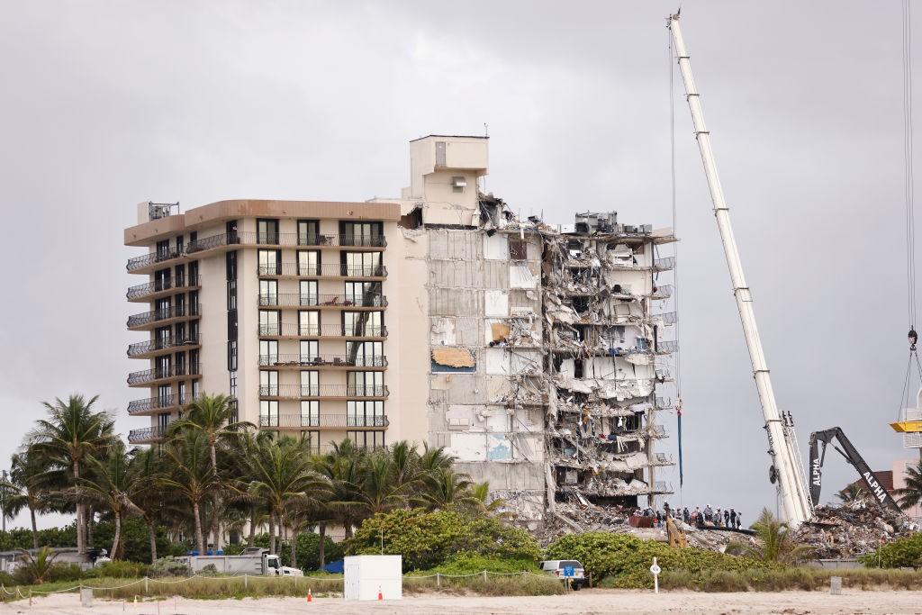surfside_building_collapse.jpg