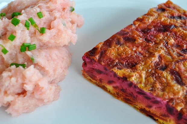 Beet Frittata with mashed potatoes - PHOTO BY SIMONA CARINI