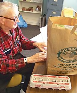 Bob Lazelle, Food For People volunteer. Photo by Heidi Walters.