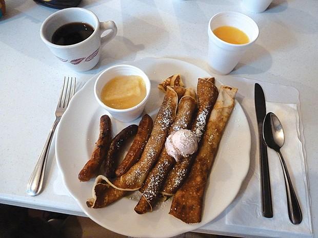 Breakfast at Runeberg Lodge - PHOTO BY RYAN BURNS