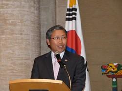 consul_general_han_dong-man.jpg
