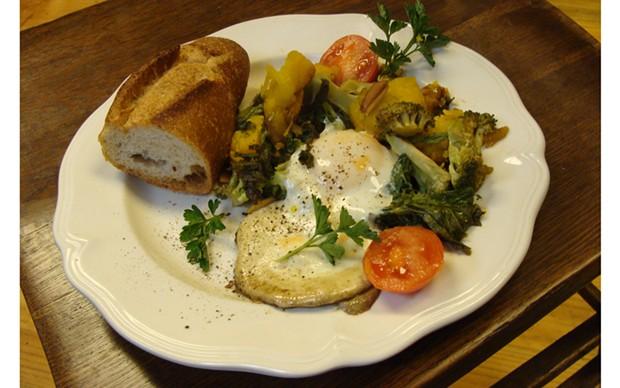 Eggs Jada - PHOTO BY JADA CALYPSO BROTMAN