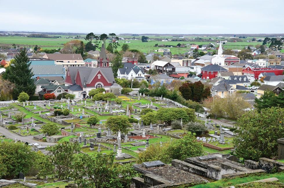 Ferndale Cemetery - PHOTO BY DREW HYLAND