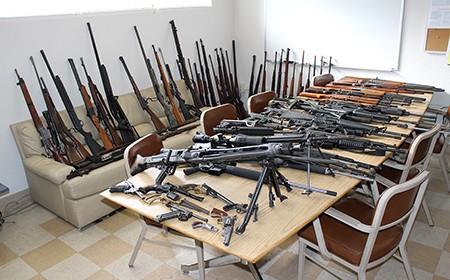 gun_table_450.jpg