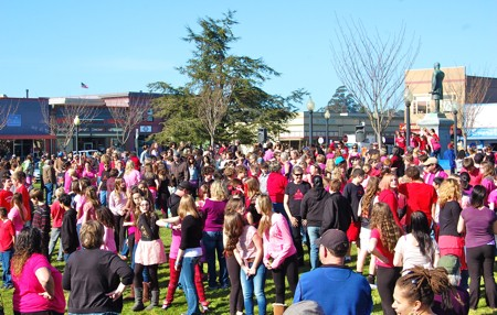 v-day-flash-mob-2.jpg