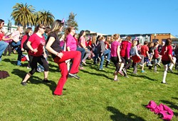 v-day-flash-mob-5.jpg