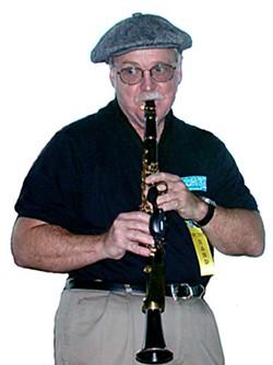 Jerry Epperson of Coronet Chop Suey at Redwood Coast Jazz Festival 2004.  Photo by Bob Doran