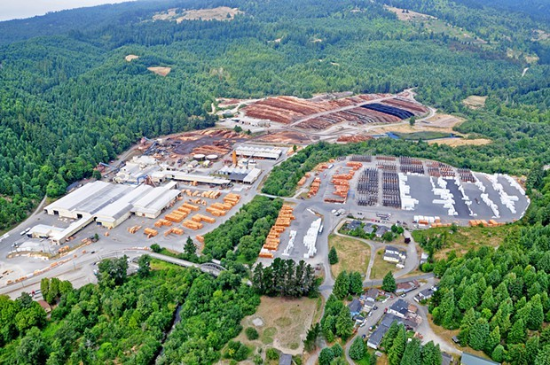 Korbel, California, sawmill operations. - PHOTO FROM THE CALIFORNIA REDWOOD CO. WEBSITE