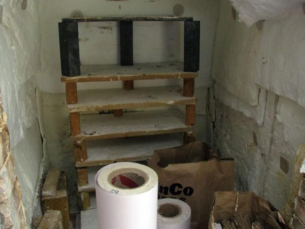Mark Young's kiln - HOLLY HARVEY