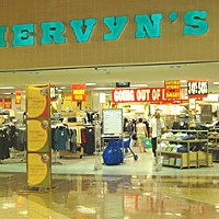 Black Friday Mervyns going-out-of-business sale at the Bayshore Mall