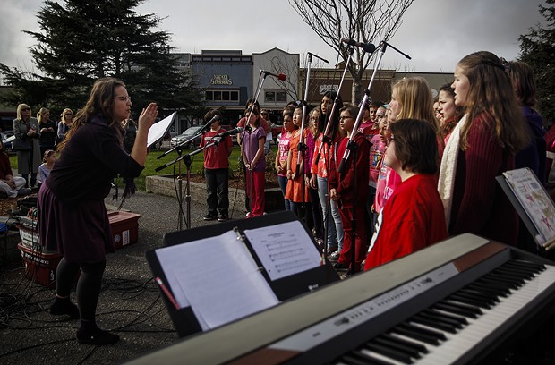 """Sunny Brae Middle School music teacher Meadow Lo directs the school's choir during a performance of """"Tomorrow"""" of the Broadway musical Annie. - MANUEL J. ORBEGOZO"""