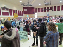 photo_-_part_of_the_crowd_at_last_year_s_seed_plant_exchange.jpg