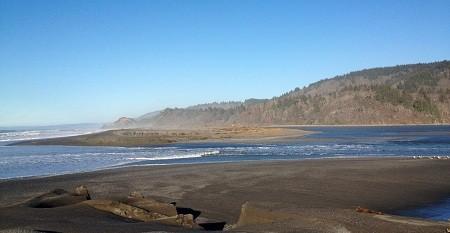 stone-lagoon-a-closer-view-of-breach-edited.jpg