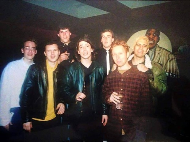 So young! So adorable! Foo Fighters at the Jambalaya. Feb. 23, 1995. - FOO FIGHTERS PERÚ FACEBOOK PAGE