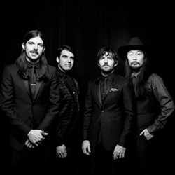 a12b6e4b_the_avett_brothers_9_9_2014.jpg