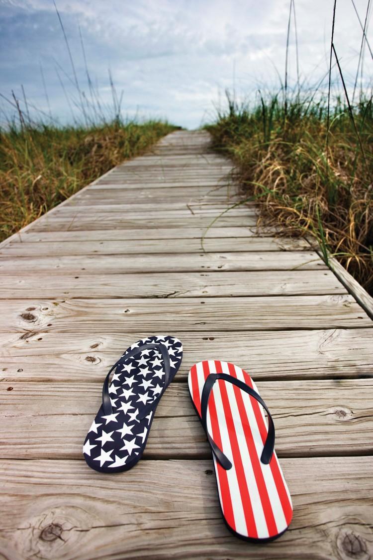 patriotic-flip-flops.jpg
