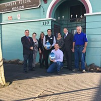 Eureka Rotary Members Donated 110 Turkeys to Rescue Mission