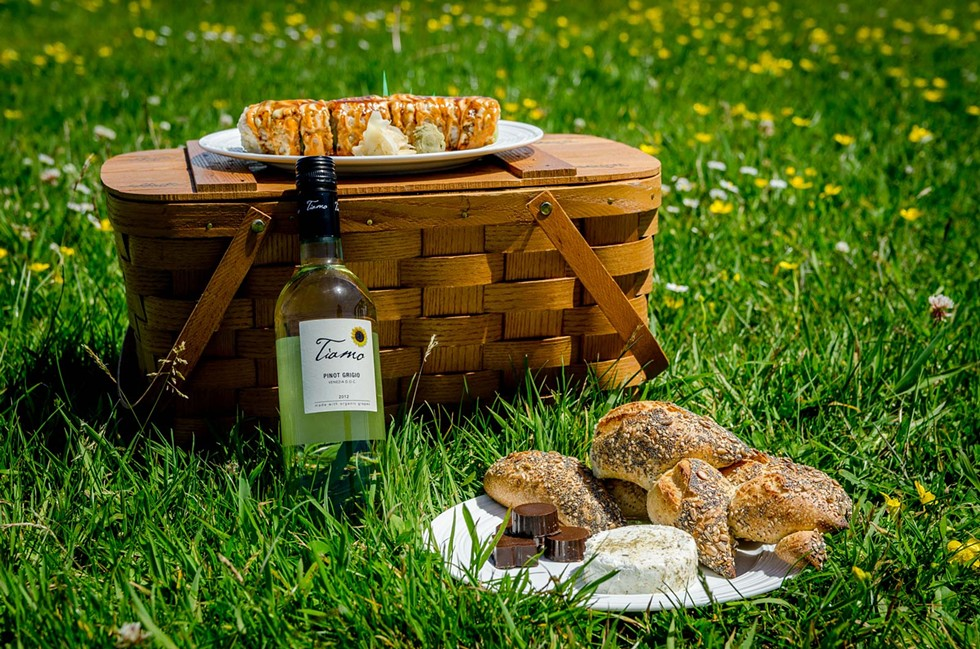 DIY picnic by North Coast Co-op - PHOTO BY CHUCK JOHNSON