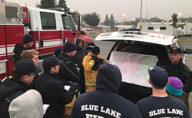 Humboldt County Strike team getting briefed. - STRIKE TEAM LEADER KENT HULBERT